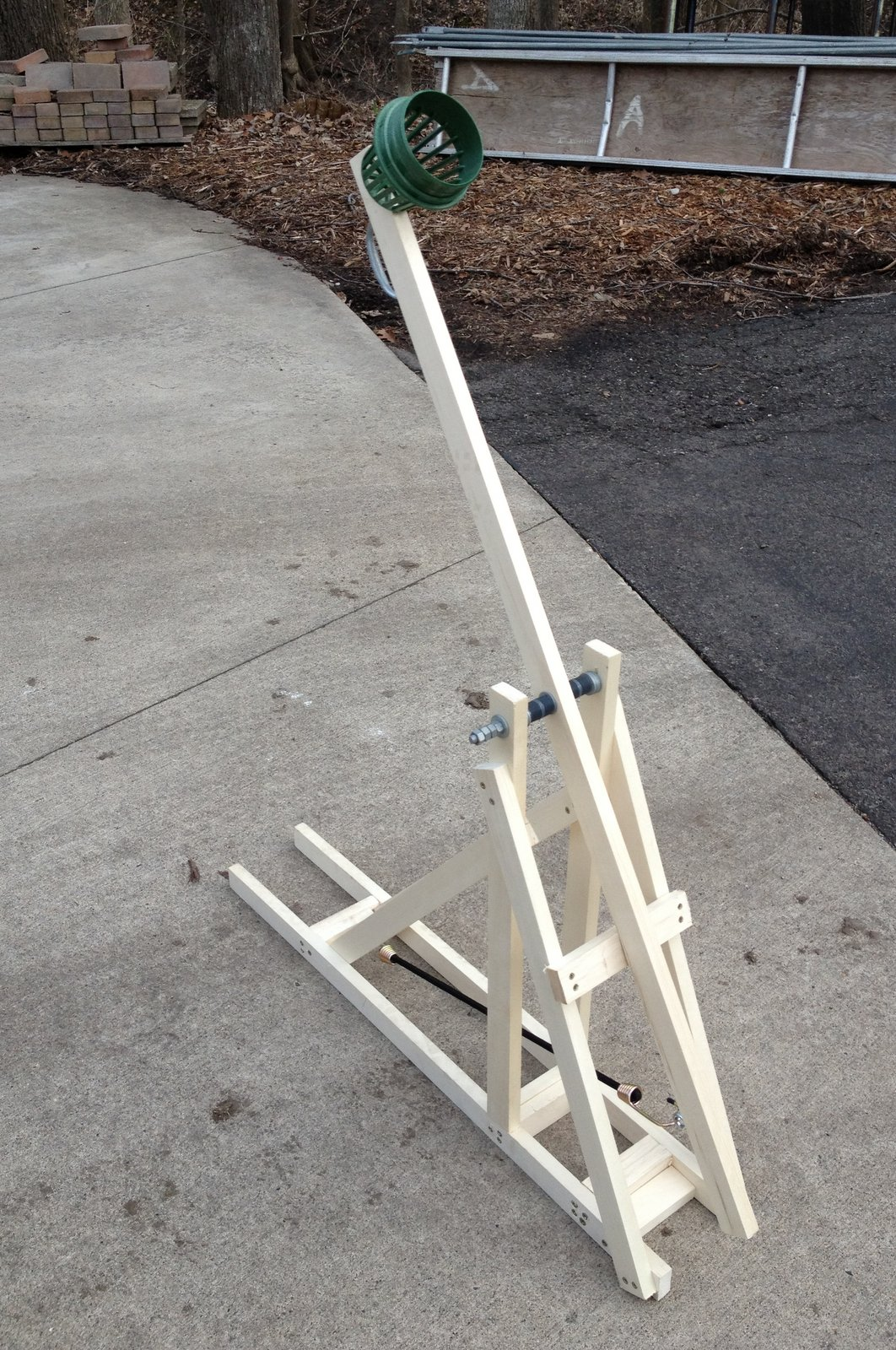 catapult pitching machine