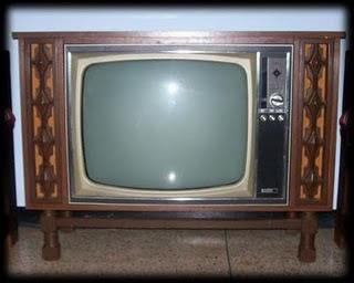Me preocupa el televisor.Jaime Sabines