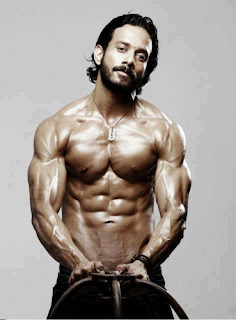 Actor vikram six pack actor vikram six pack tamil movie latest stil altavistaventures Choice Image