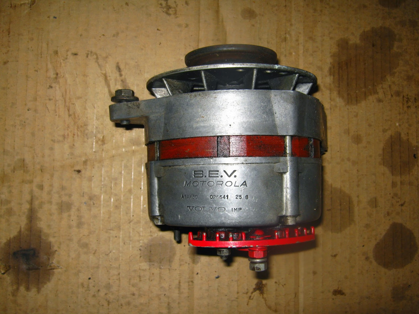 Motorola alternator 30 Amp Volvo Amazon P130