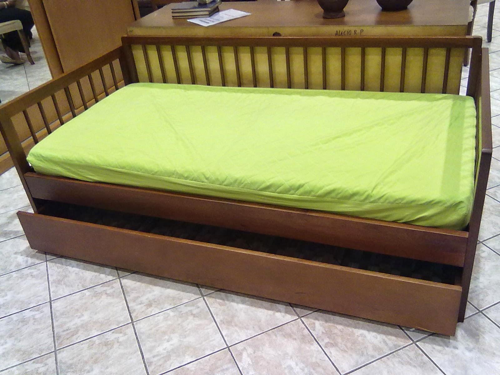 bicama de madeira cor mogno castanho móveis de madeira sob #88AC1F 1600x1200