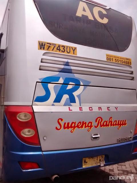 Bus Sugeng Rahayu di Terminal Madiun
