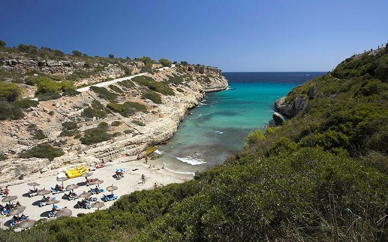 Naturisme vakantie tips: Naaktstrand Mallorca Playa del Mago