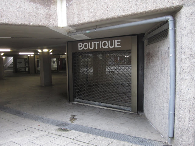 BOUTIQUE by DREI