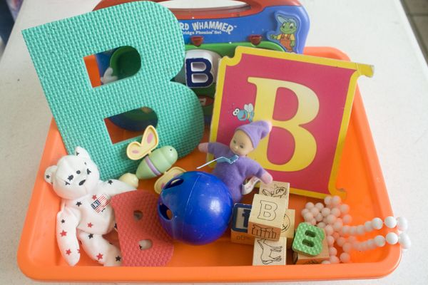 early learning sensory bin