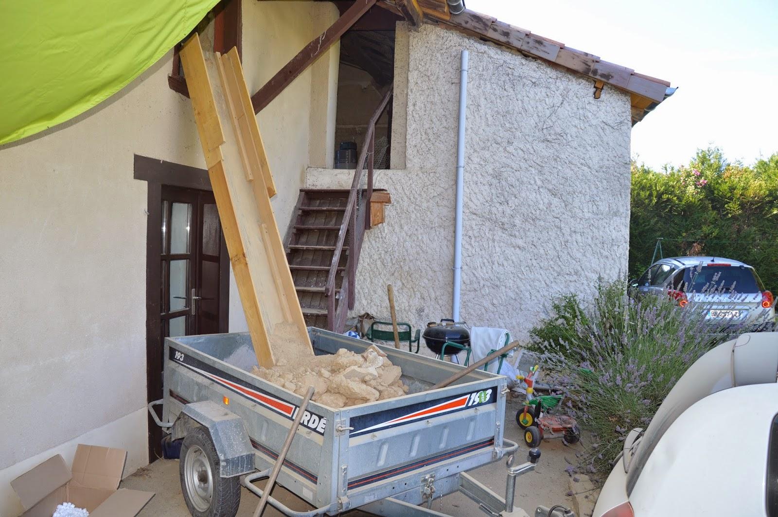 Combles 2014 juillet 2014 - Evacuation des gravats ...