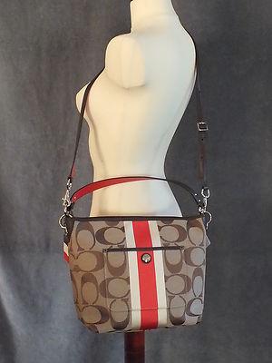 Hamptons Weekend Signature Stripe Shoulder Bag 10055 56