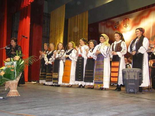 """Interprete clujence la """"50 de ani Cununa Transilvană"""" (2007)."""