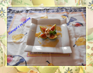 Postre de higos con yogurt y miel
