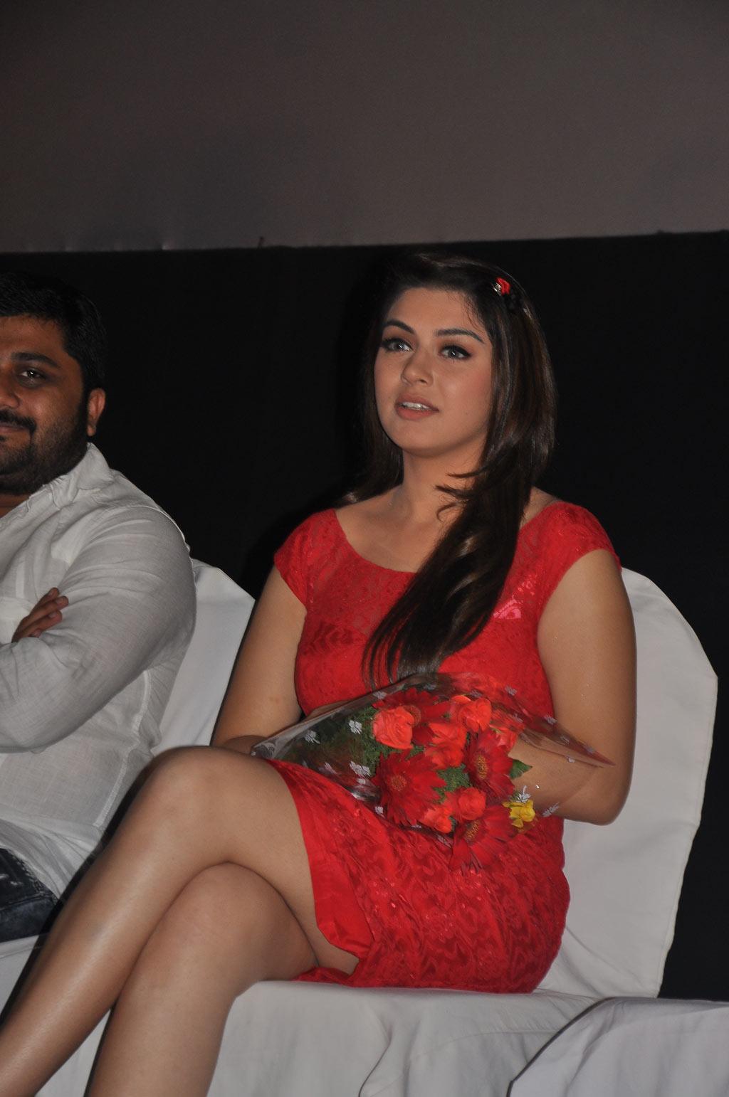 hansika motwani sexy legs show at telugu film settai audio launch
