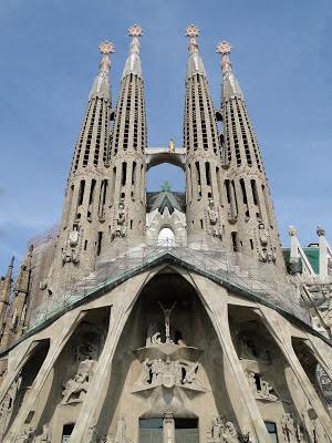 Barcelone cathedrale sagrada familia gaudi
