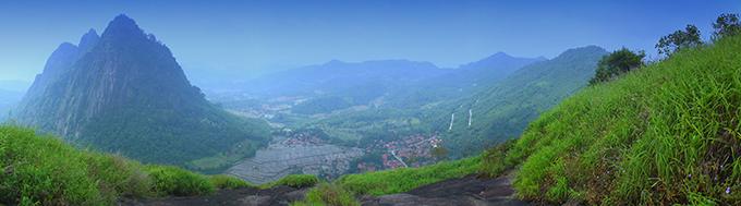 BADEGA GUNUNG PARANG wisata alam dan panjat tebing di Kabupaten Purwakarta