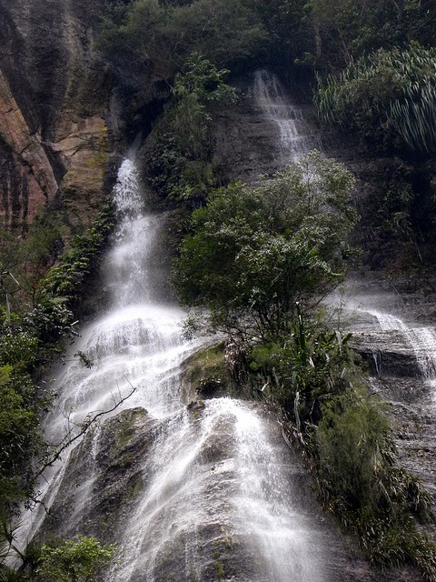 Beautiful place is west sumatera here one waterfall is named the bunta waterfall or locally called sarasah bunta that pours down fresh water from the highlands with three other waterfalls ccuart Images