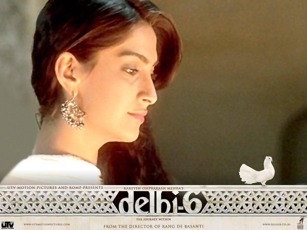 Latest Sonam Kapoor Wallpapers Download Sonam Kapoor Wallpapers