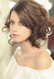Peinados con melena corta para boda