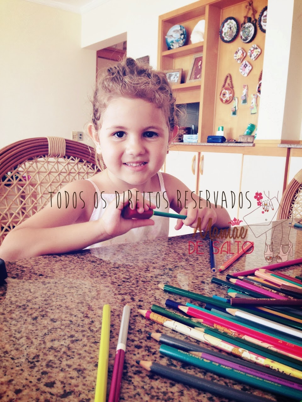 Sophia desenhando blog Mamãe de Salto => todos os direitos reservados