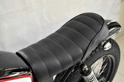 CRAZE special order seat from VERVE for HONDA GL100