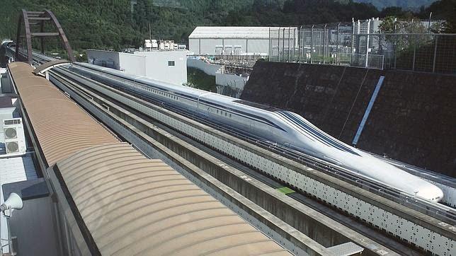 Maglev, comboio japonês, é tão rápido quanto um avião...