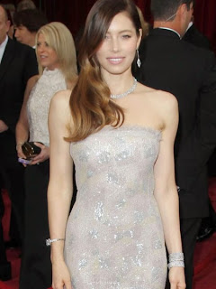 At Oscar Party Jessica Biel (3).jpg