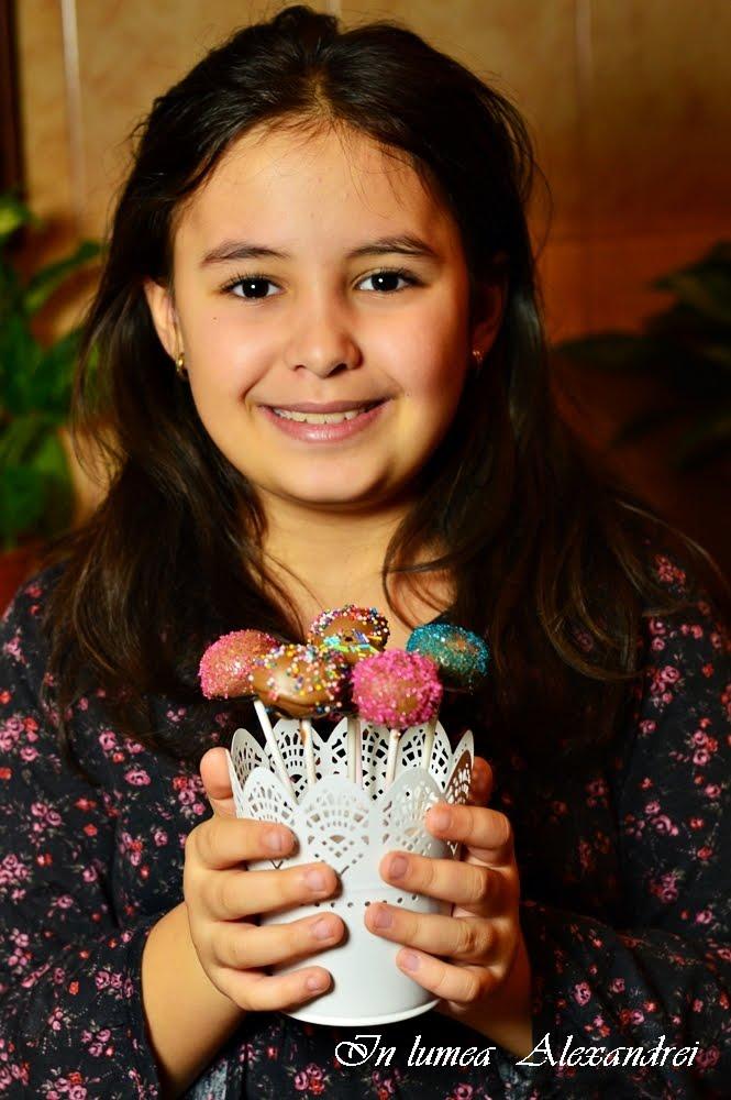 In lumea Alexandrei: Cake pops cu biscuiti oreo