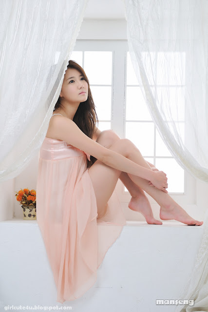 Han-Ga-Eun-Peach-Nightie-06-very cute asian girl-girlcute4u.blogspot.com