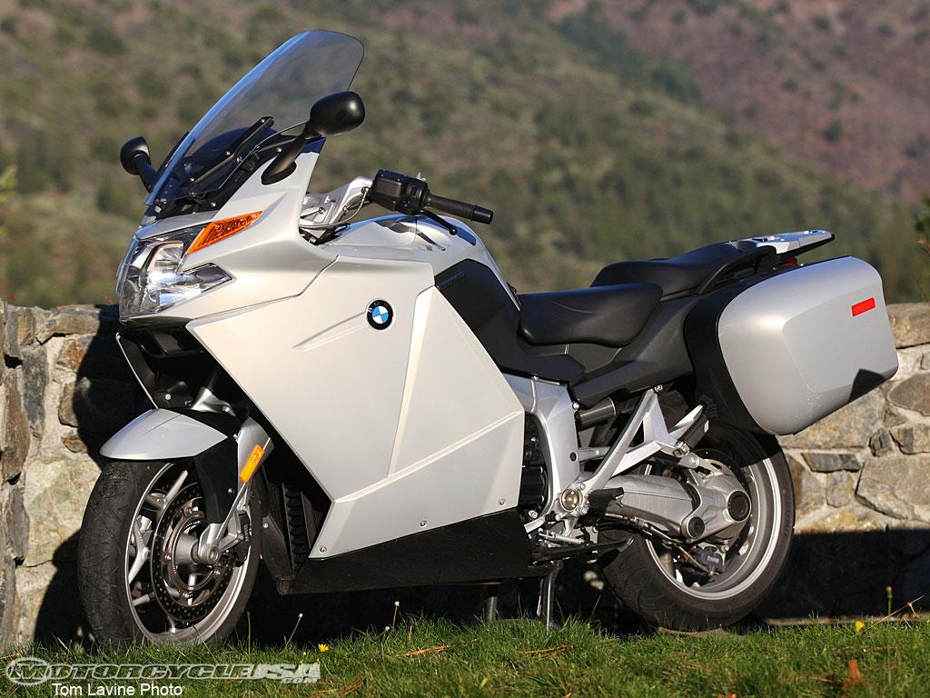 http://4.bp.blogspot.com/-V8snJbrY5FY/TkQakRTVJyI/AAAAAAAAJ5s/VrmcJ3L21Dk/s1600/BMW+R1200RT.jpg