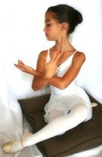 Anak Perempuan Latihan Balet