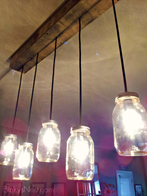 Mason Jar & Rustic Pallet Light Fixture DIY on BinkysNest.com