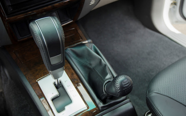 Hộp số INVECS trên xe Mitsubishi Pajero Sport