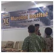 Mencari Murobbi Sejati