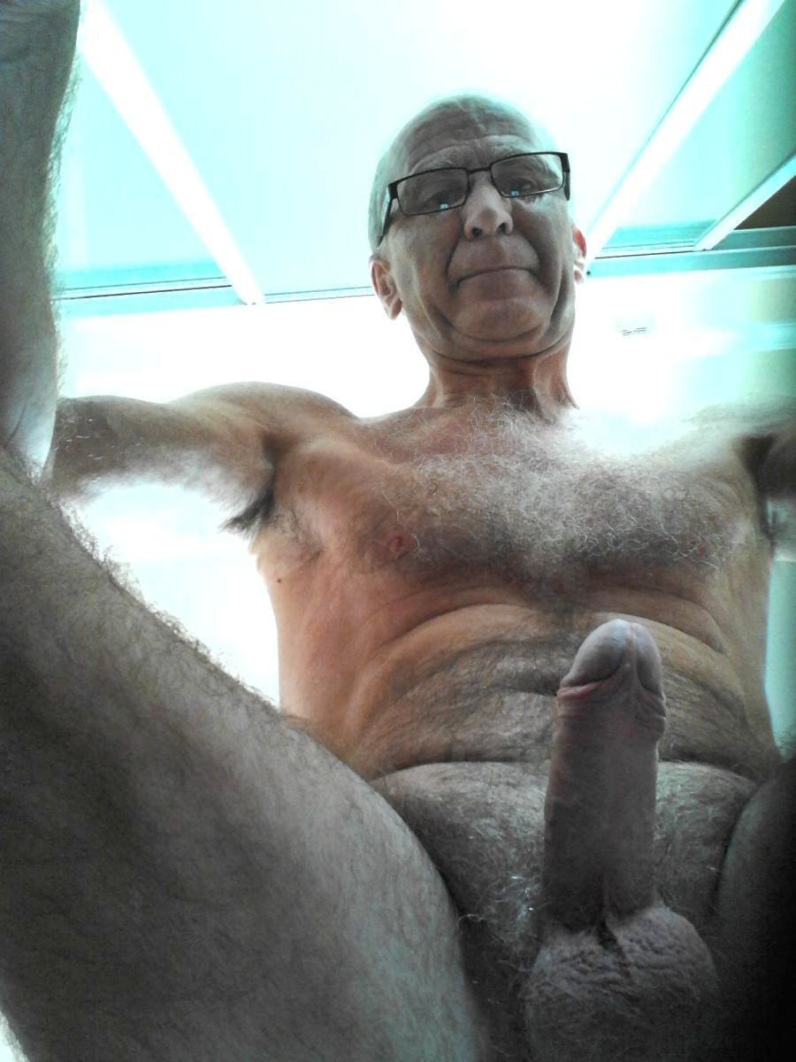 nude old hairy old men