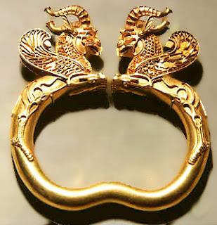 Ngozi Gold ALL GOLD EVERYTHING