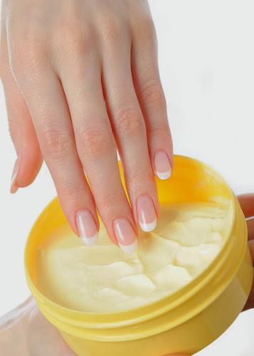 La vaselina protege y suaviza la piel
