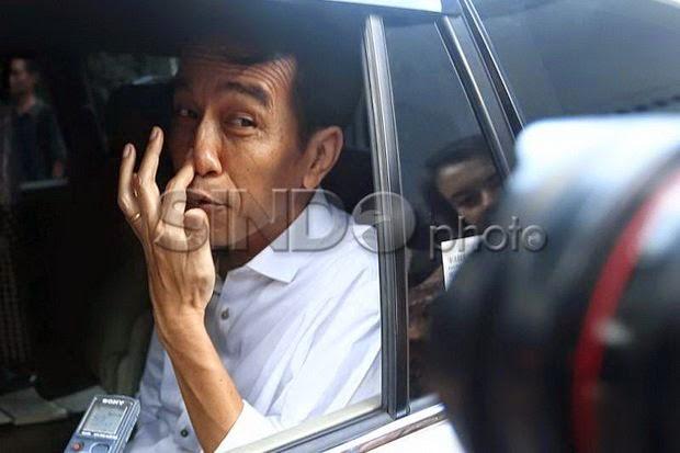 Jokowi Naikan Harga BBM Saat Harga Minyak Dunia Turun