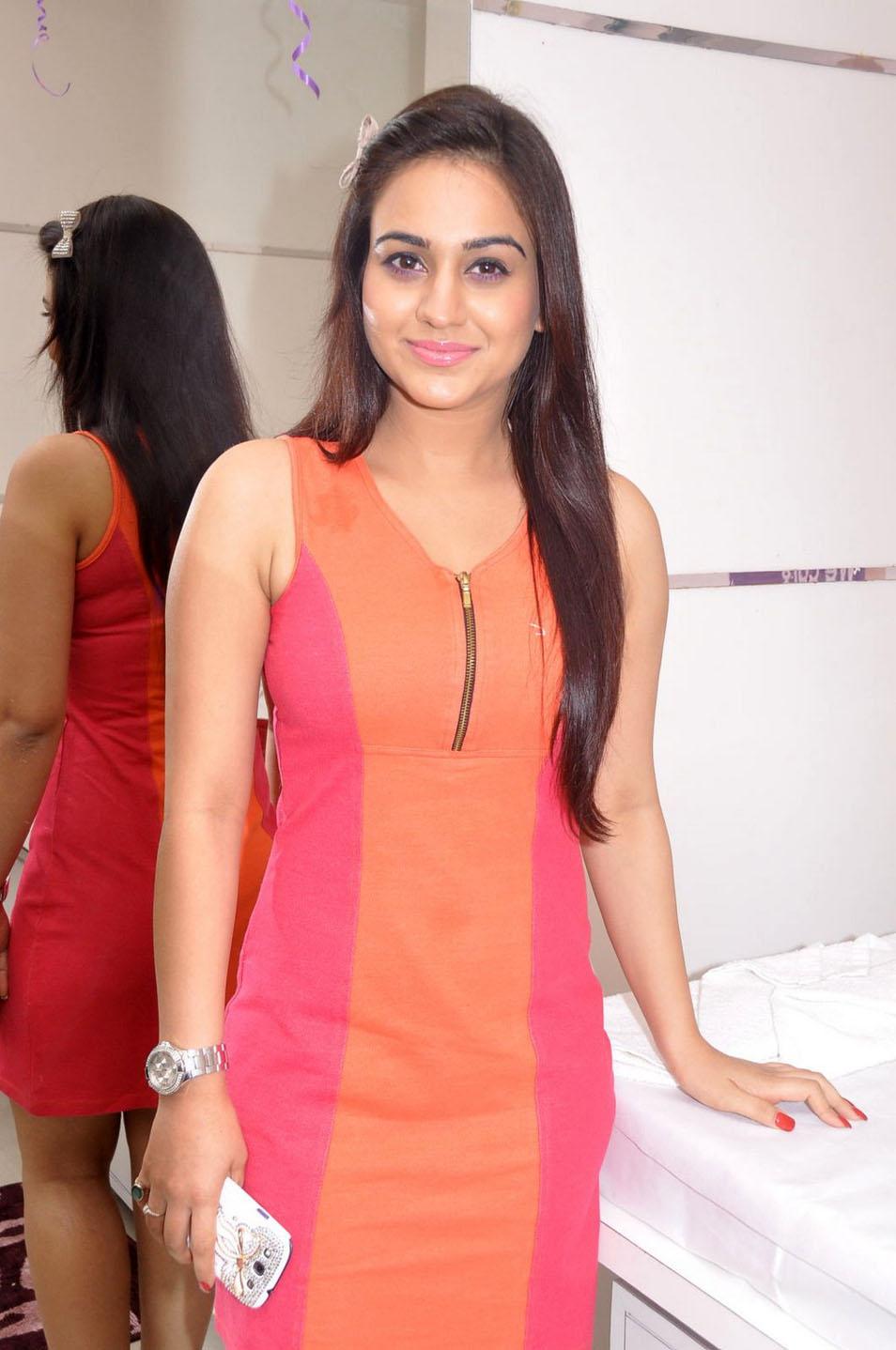 Aksha latest hot collection