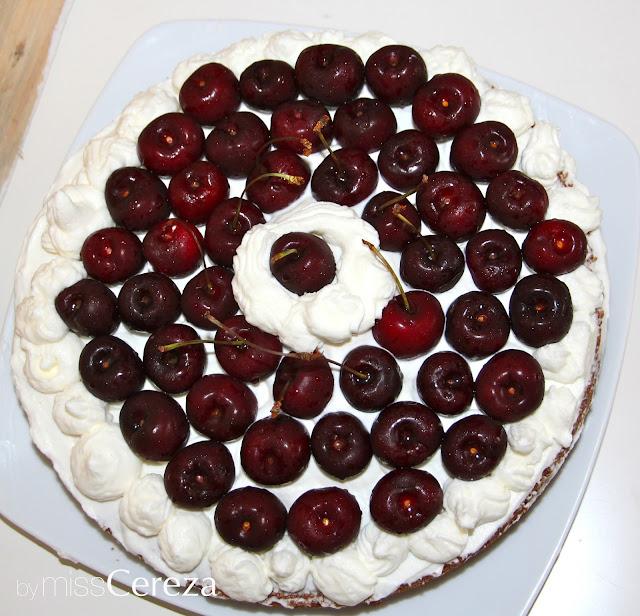 naked cake de cerezas y nata