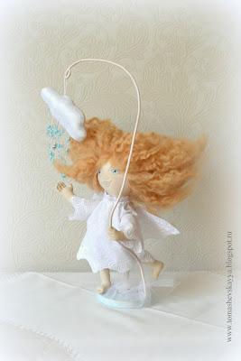 Босоногий ангел. Текстильная кукла. Примитив.