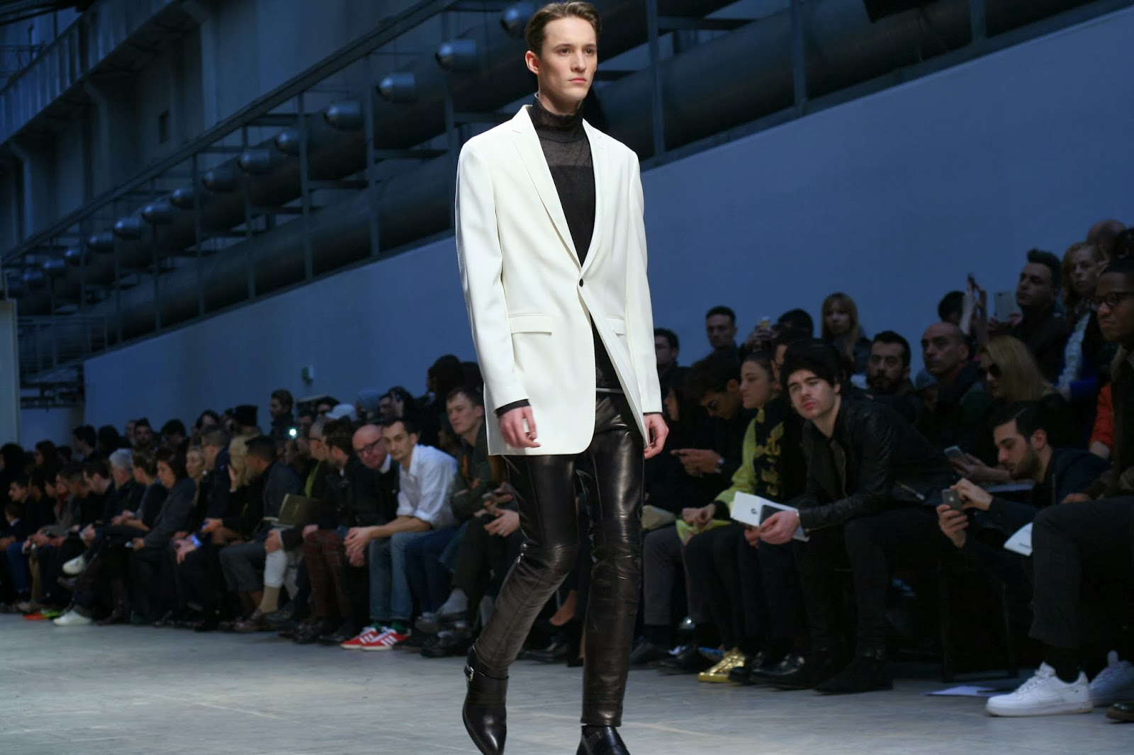 smira fashion, men blog, swiss mode, costume national, stephane mirao, Julian Zingerli, fashion week men, milan fashion week, paris fashion week, mode homme,