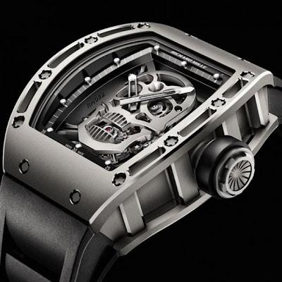 ساعة توربيون الجمجمة RM 052 - القوة و الجمال