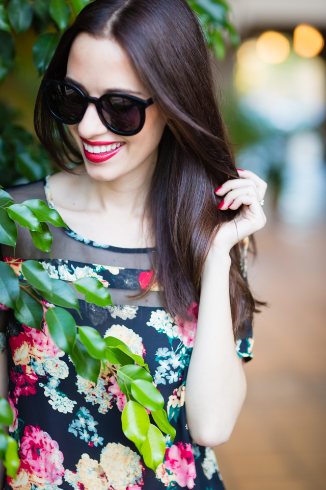 floral blouse with sheer paneling with black round sunglasses via M Loves M @marmar
