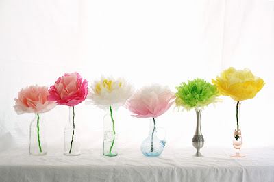 Tissue Paper Flowers / Baby Shower Decoration Ideas