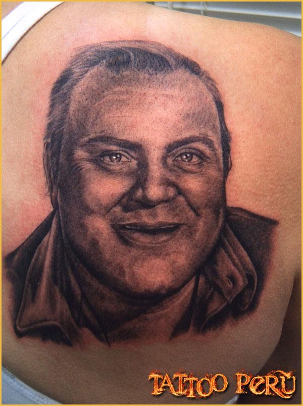 Las mejores fotos de Tatuajes para que puedas conocer como quedan en todas las zonas del cuerpo, así como también todo tipo de tatuajes para que disfrutes de obras de artes:  01_Bonanza_Hooz_tattoo