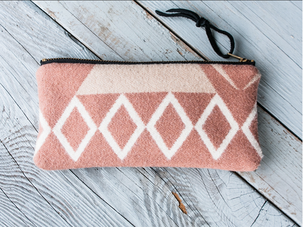 Seaecho pencil pouch in moonstone