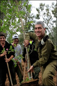 IDF soldier plants a tree
