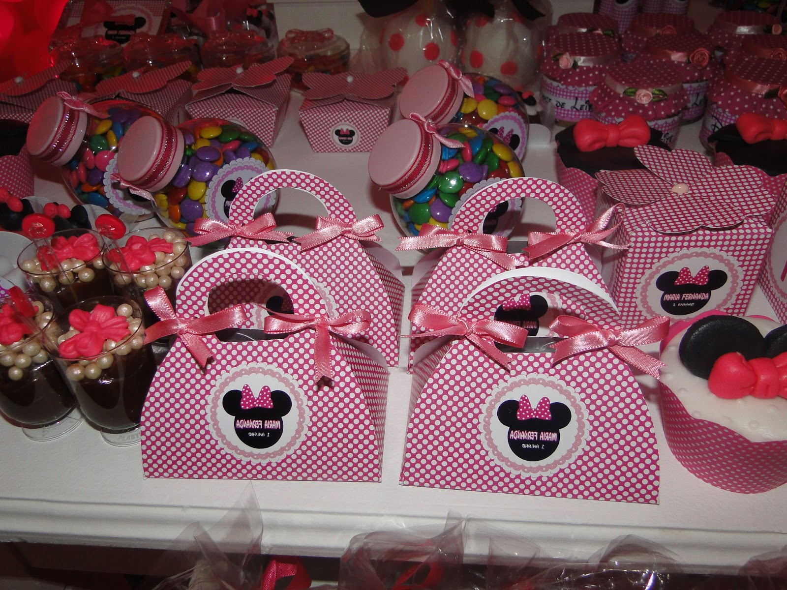 Minnie Baby - Kit Completo com molduras para convites
