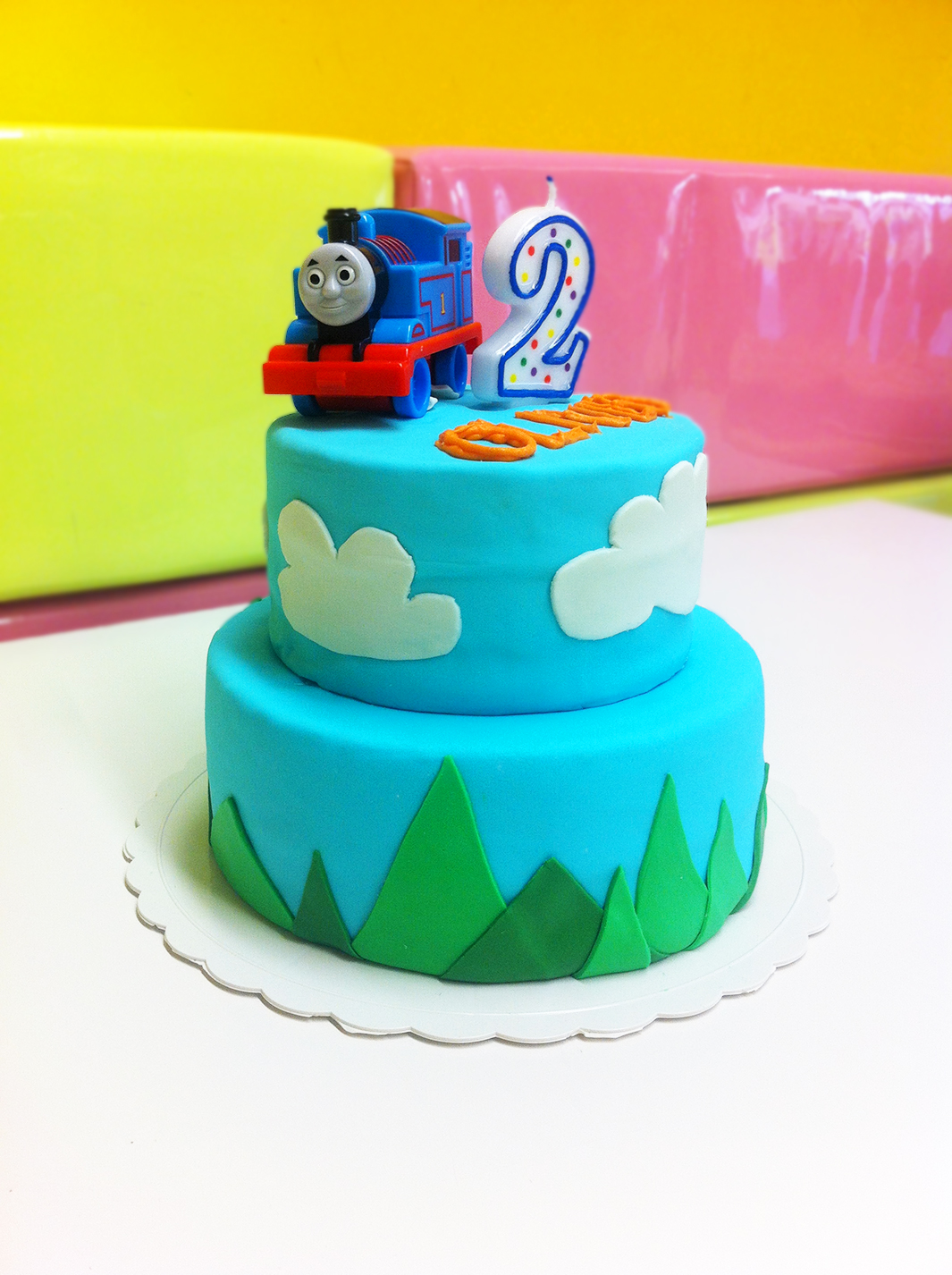 Ellebug Thomas The Tank Engine Cake