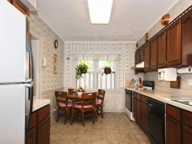 1920s Charmer: Kitchen