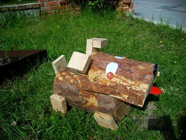 Поделки из дерева для сада и огорода