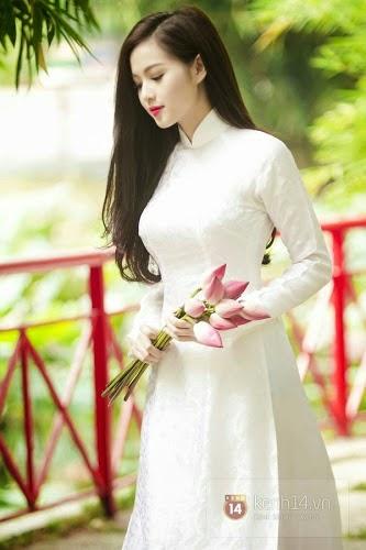 Ảnh gái đẹp diệu dàng trong tà áo dài 24
