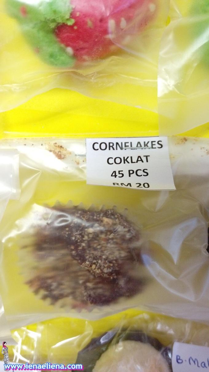 Homemade: Biskut Cornflakes Coklat RM20 / 45 pcs
